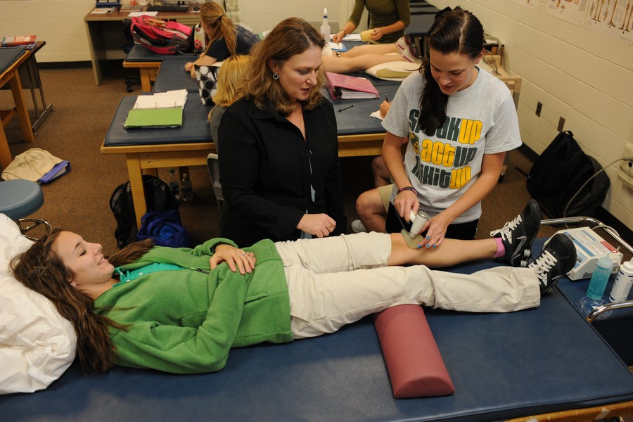 coursework for physical therapy assistant When planning your coursework the physical therapist assistant program at college of students who are seeking admission to a physical therapy.